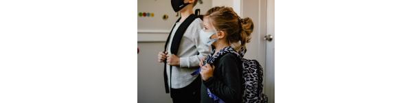 children in mask